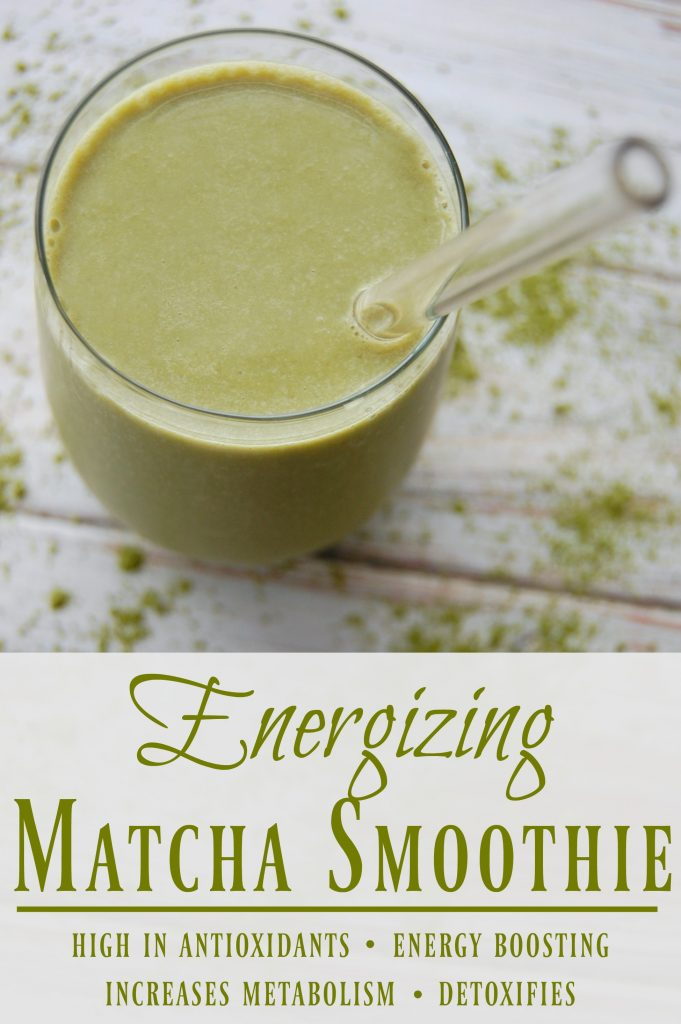 Energizing Matcha Smoothie - I love that this smoothie makes for a healthy alternative to a green tea frappuccino! Really does give a great energy boost!